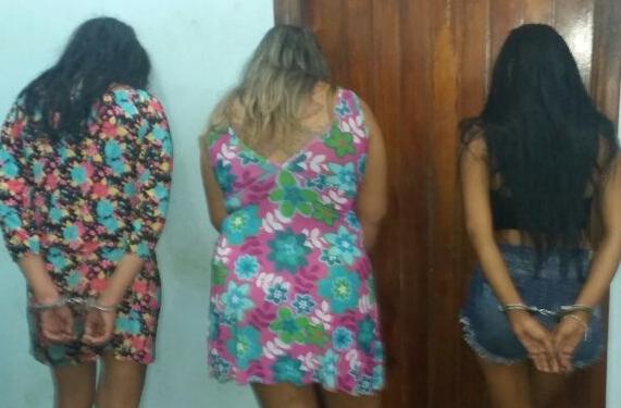 Mulheres são presas por tráfico de drogas
