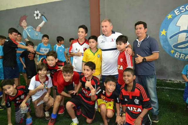 Escola de futebol envia jovens amapaenses para clubes nacionais