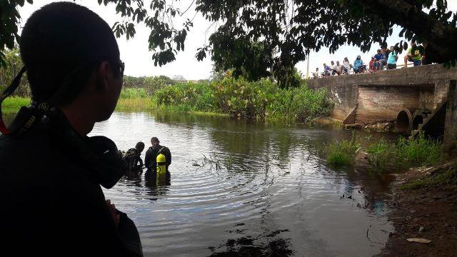 Mergulhadores encontram jovem que desapareceu na Lagoa dos Índios