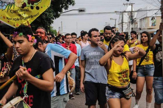 """""""Bora Lá Só Tu"""" resgata o protesto de Carnaval neste domingo (11)"""