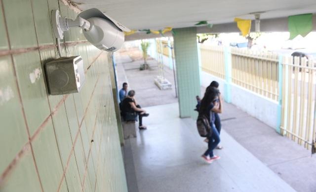 Com câmeras de vigilância, furtos em escolas têm redução no AP, diz GEA