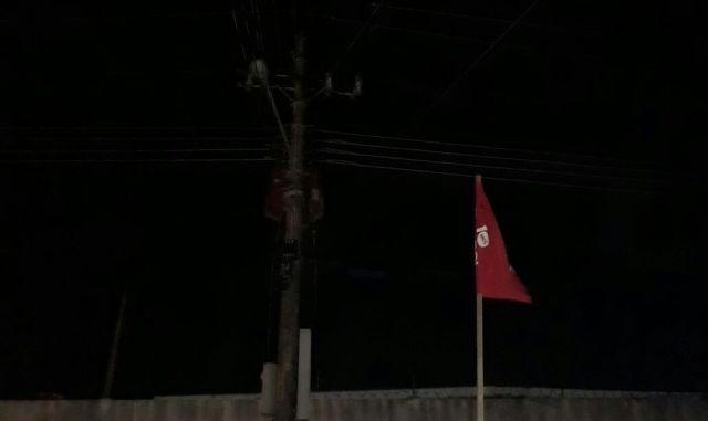 Escuridão assusta moradores do Beirol