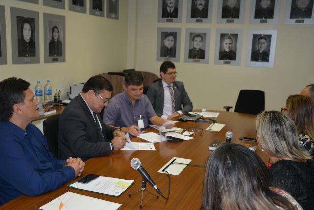 Acordo vai levar profissionalização gratuita a cinco municípios do Amapá