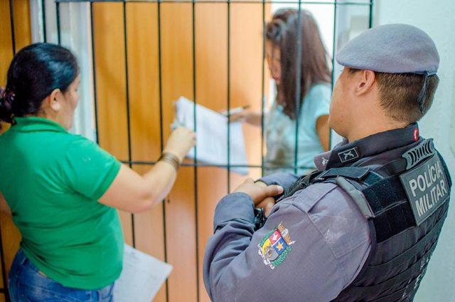 Macapaba II: Justiça dá 5 dias para quase 300 invasores saírem dos apartamentos