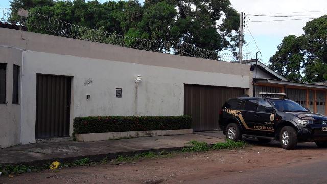 PF cumpre mandados em casas de ex-deputados federais