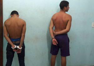 Assaltantes são presos após roubo de moto com rastreador