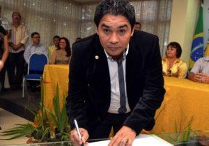 Defesa tenta evitar prisão de ex-deputado