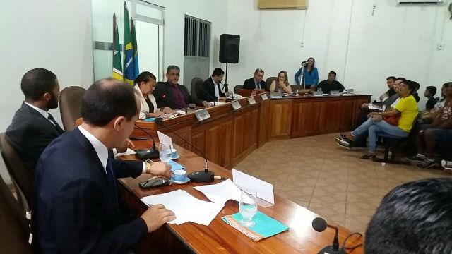 Justiça suspende sessão para afastar presidente da Câmara de Oiapoque