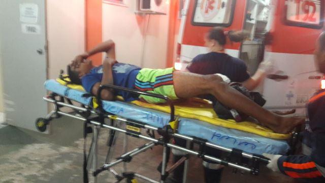 Assaltantes são feridos em troca de tiros com a PM