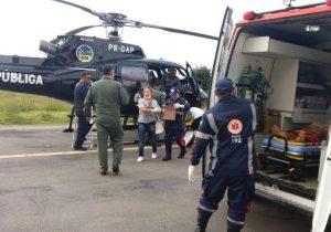 Militares e enfermeira que realizaram parto em voo são homenageados na Alap