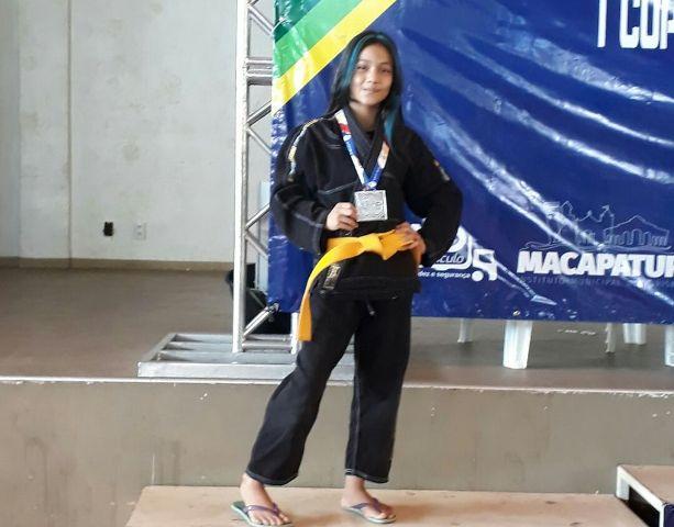 Atleta de 11 anos pede ajuda para disputar primeiro mundial