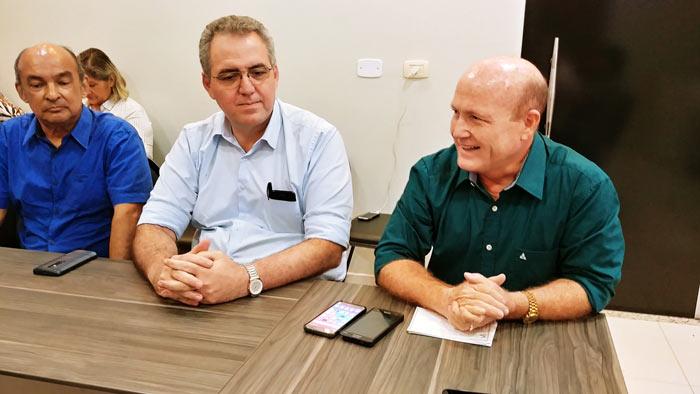 Bala e Mineiro trocam legendas
