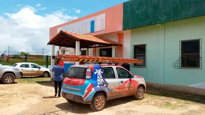 CEA religa energia em prédios da prefeitura de Santana