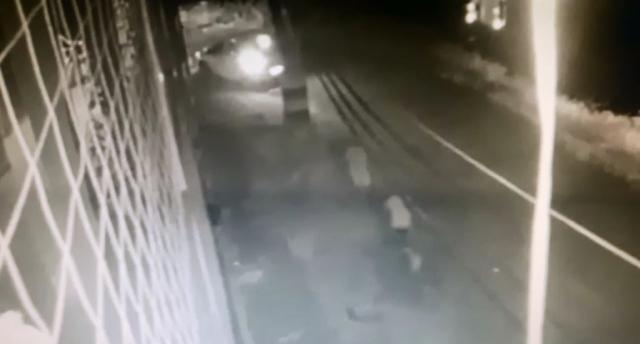 Vídeo mostra assassinos de policial em fuga