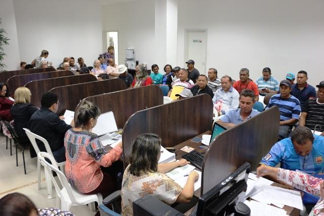 GEA e PMM atendem quase 700 no 1º dia da entrega de documentos da transposição