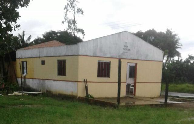 Famílias atingidas por ventania no Curicaca vão receber materiais para reconstruir casas