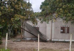 Vinte casas foram atingidas por vendaval em Itaubal