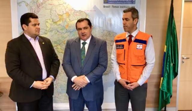 Em vídeo, ministro confirma ida ao Jari e envio de mantimentos