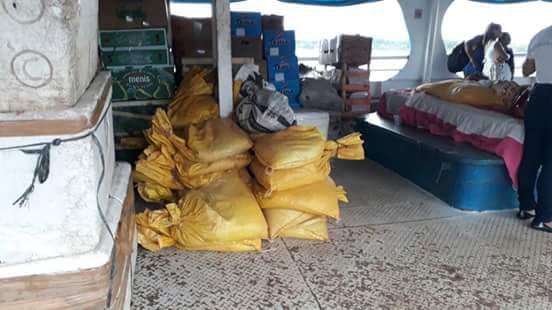 Homem é preso transportando minério em navio