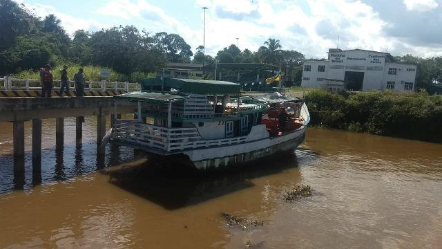 Marinha localiza embarcação roubada na Guiana