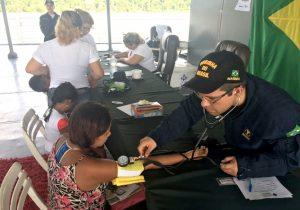 Navio da Marinha leva serviços de saúde e cidadania ao Bailique