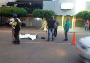 Homem não identificado é encontrado morto; suspeita é de atropelamento