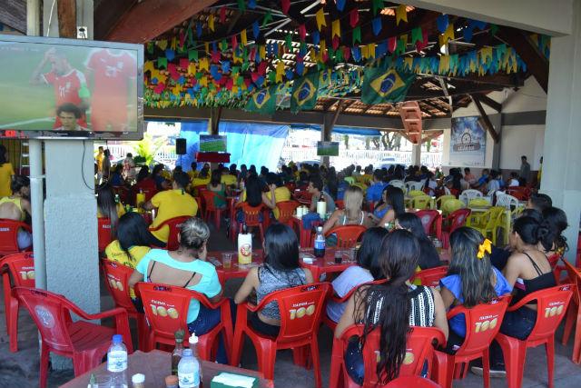 Na volta da tradição, torcedores lotam a Beira Rio para jogo do Brasil na Copa