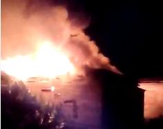 Homem ateia fogo em casa após briga com a mulher