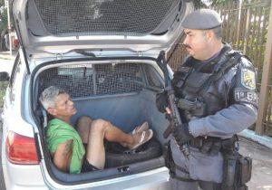 Após agressão, idosa denuncia filho usuário de drogas