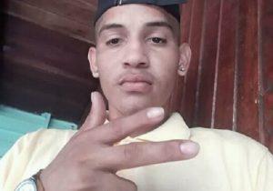 Jovem é assassinado a tiros em área de domínio do tráfico