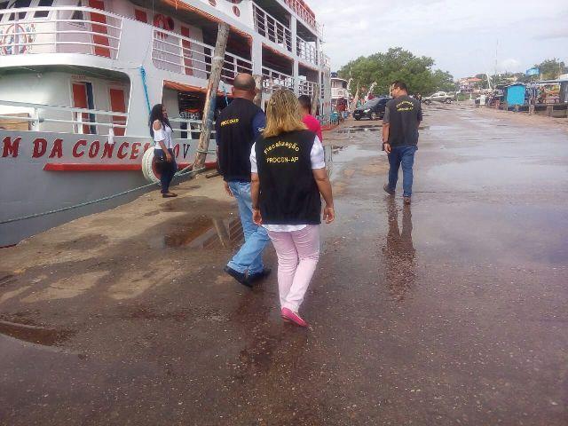 Festival do Camarão: pontos de empresas e embarcações são inspecionados