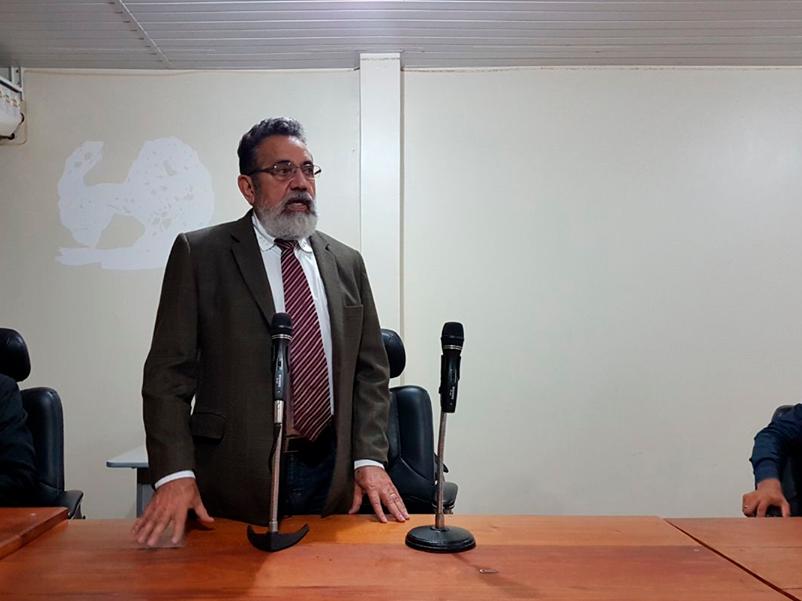 Justiça proíbe Gilvam de usar bens públicos para fins eleitorais