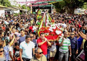 Frota de ônibus aumenta durante a Festa de São Tiago