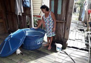 Há mais de 24h sem água em Macapá, aposentada desabafa