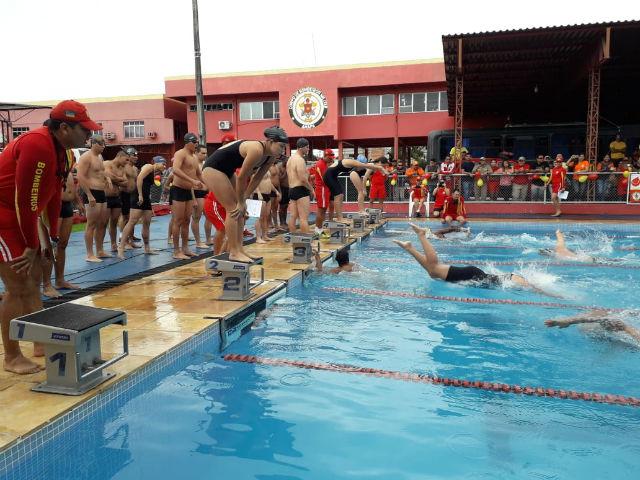 Semana do Bombeiro tem prova de natação e simulação de salvamento
