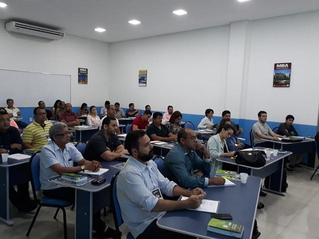 Curso ensina como licitar obras e serviços de engenharia