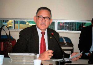Ex-deputado pode ser tratado na prisão, diz desembargador