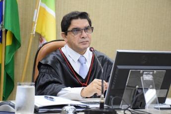 Desembargador assume o governo do Amapá por dois dias