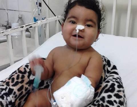 Bebê com tumor no cérebro aguarda transferência para cirurgia no PA
