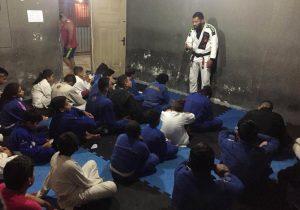 Herói de crianças pobres do jiu-jitsu morre do coração no Amapá