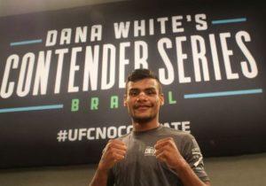 Após vitória, amapaense assina contrato com o UFC