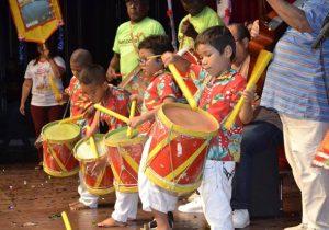 700 crianças dançam a história de Macapá no Bacabeiras