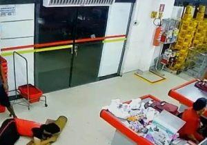 VÍDEO: bandidos roubam R$ 5 mil de supermercado em Macapá