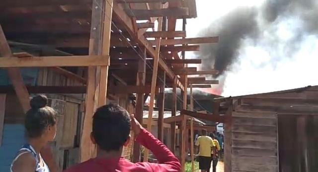VÍDEO mostra incêndio causado por briga de namorados