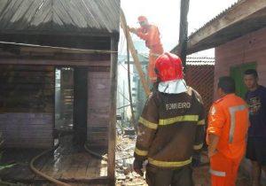 Vítimas de incêndio causado por briga de namorados recebem assistência