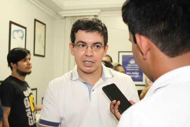 """Senador do Amapá se recusa a receber """"auxílio-mudança"""" de R$ 70 mil"""