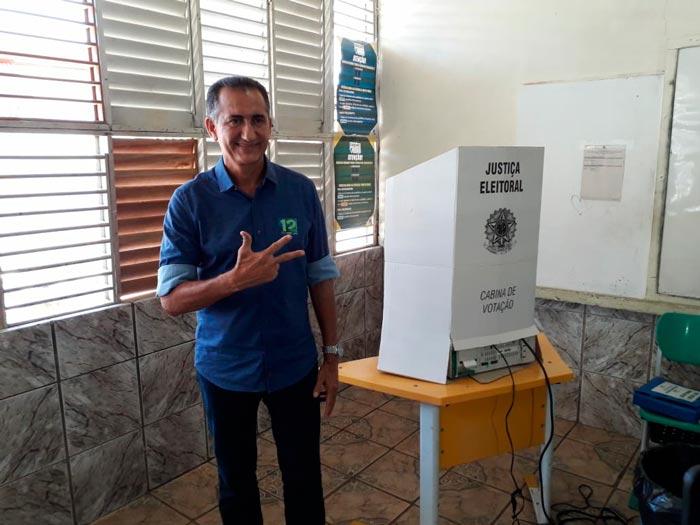 Waldez vota e diz que unirá prefeitos e bancada pelo aumento do SUS