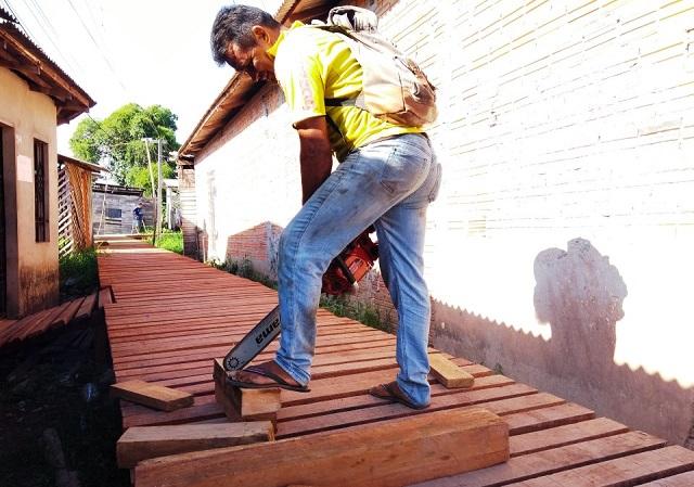 Construção de passarelas em madeira já ultrapassa 3,7 km