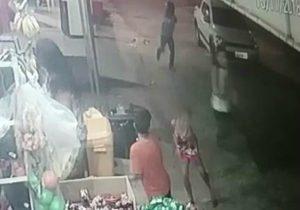 VÍDEO: criança é baleada em meio a acerto de contas