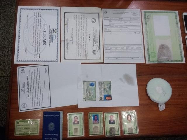 Lan house era base para falsificação de documentos de veículos roubados